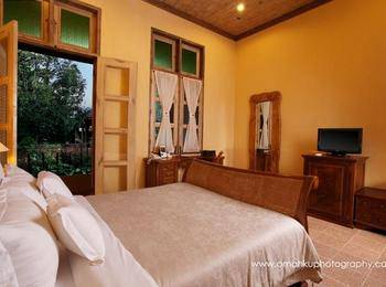 Kayu Arum Resort Salatiga - Deluxe Room Only Regular Plan