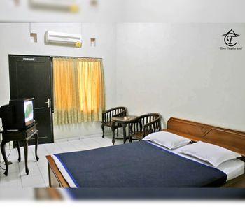 Tiara Puspita Hotel Solo - Standard Room Regular Plan