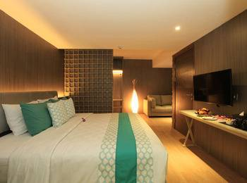 Bedrock Hotel Bali - Junior Suite With Breakfast Regular Plan