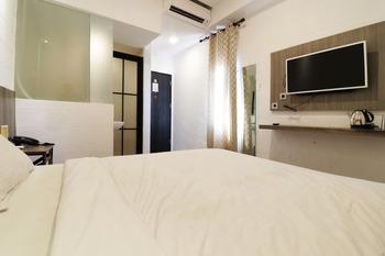 Hotel Sanrina Makassar Makassar - Deluxe Grande Minimum Stay 2Nights