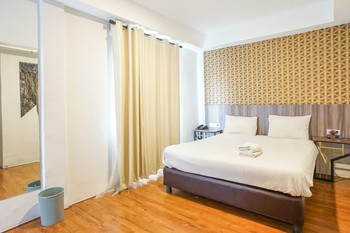 Hotel Sanrina Makassar Makassar - Deluxe Stay More, Pay Less