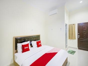 OYO 3009 252 Homestay Syariah Medan - Standard Double Room Regular Plan
