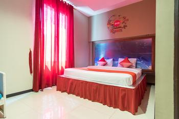 OYO 711 Salam Residence Syariah Medan - Suite Double Regular Plan