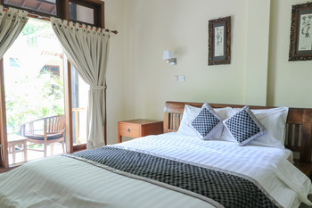 Surfaris Inn on Poppies 2 Bali - Standard Room Stay Longer Promotion
