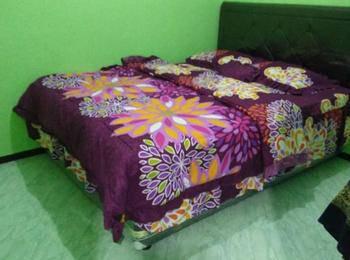 Homestay Anggun 5 Gunung Bromo Probolinggo - Homestay 3 Bedroom Regular Plan