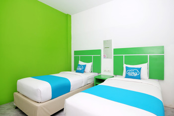 Airy Senapelan Riau 40 Pekanbaru - Private Bathroom Twin Room with Breakfast Special Promo Oct 42