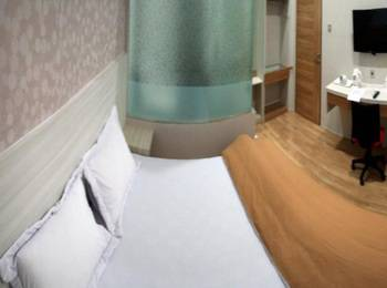 Hip Hop Hotel Banda Aceh - Deluxe Room Regular Plan