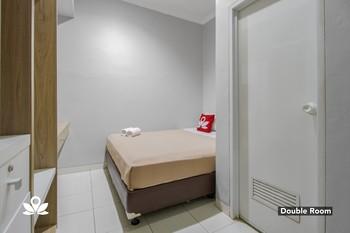 ZEN Rooms Verde Residence Jakarta - Double Room Regular Plan