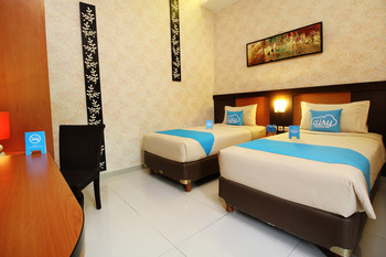 Airy Monjali Sleman Palagan Tentara Pelajar KM 9 Yogyakarta - Deluxe Twin Room with Breakfast Regular Plan