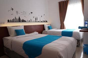 Cemerlang Inn Palembang - Twin Bedroom Floor 4 Regular Plan