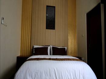 Artha Guest House Yogyakarta - Sumatra Room 1st Floor Regular Plan