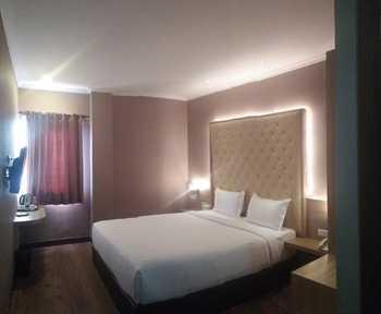 Octo Hotel Cirebon Cirebon - Junior Suite Room Only Regular Plan
