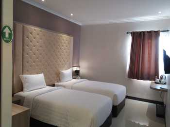 Octo Hotel Cirebon Cirebon - Superior with Breakfast Regular Plan