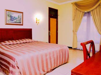 Resort Prima  Cisarua - Deluxe Room Only Regular Plan