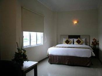New Hollywood Hotel Pekanbaru - Executive Room Regular Plan