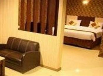 New Hollywood Hotel Pekanbaru - Junior Suite Regular Plan