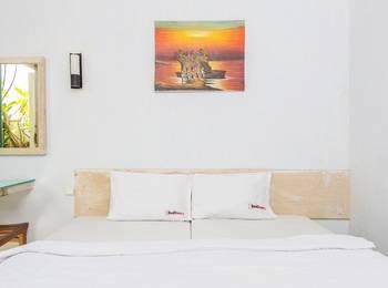 RedDoorz @Pengubugan Kerobokan Bali - RedDoorz Room Special Promo Gajian