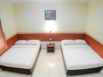 Sakura Guest House Bandung - Family Room Regular Plan