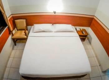 Sakura Guest House Bandung - Double Room Regular Plan