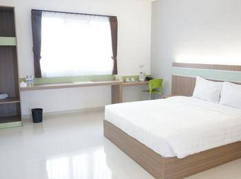 Rumah Cassa Guest House Surabaya - Deluxe Room Only Regular Plan