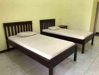 OYO 2681 Pondok Mutiara Sukabumi - Standard Twin Room Regular Plan