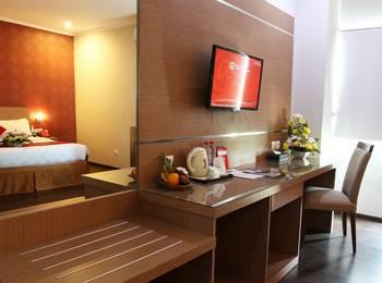 @HOM Premiere Cilacap - Junior Suite Room Basic Deal Min Stay 2