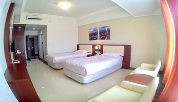Hotel Tosan Solo Baru Solo - Deluxe Twin Room Only Promo Stay Hepi