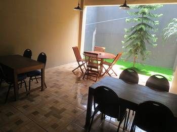 Hotel Ibrahim Syariah Simpang Lima Semarang - Superior Twin Room Regular Plan