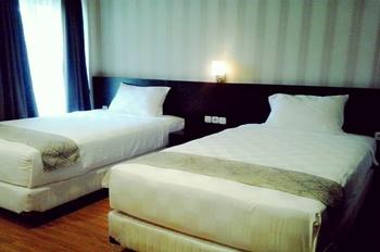 Triza Hotel Pesisir Selatan - Deluxe Room Regular Plan