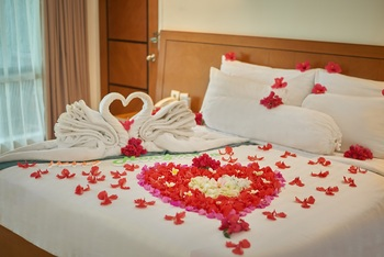 Patra Comfort Anyer - Deluxe Room Regular Plan