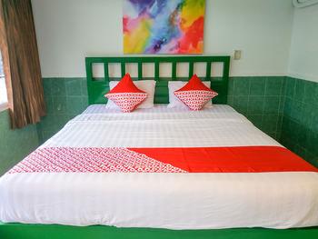 OYO 3098 Hotel Sahabat Baru Singkawang - Standard Double Room Promotion