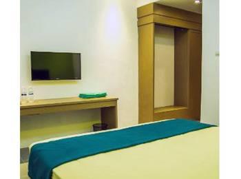 Hotel Santun Cirebon Syariah Cirebon - Deluxe Room Regular Plan