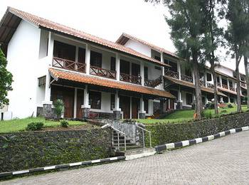 Berlian Resort Cianjur - Standard Room Only saver 40