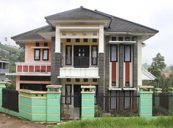 Villa Sinar Pusaka Hijau