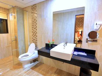 Ijen Suites Hotel Malang - Deluxe Room Only Regular Plan