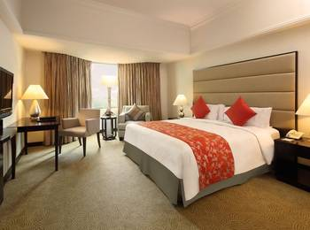 Hotel Aryaduta  Pekanbaru - Business Suite Room Today's Deal get 10% discount