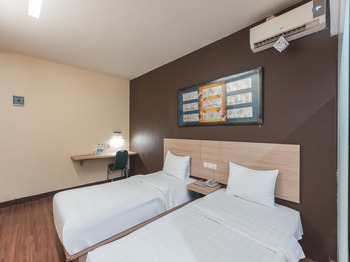 Hotel Rujia Jakarta - Standard Twin Room Regular Plan