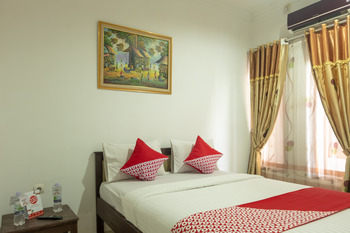 OYO 609 MS Hotel Pangandaran Pangandaran - Deluxe Double Room Regular Plan