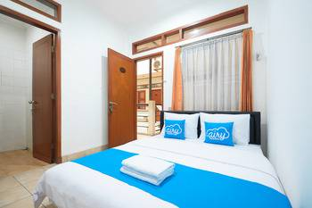 Airy Eco Pasteur Cipedes Tengah 195 Bandung - Superior Twin Room Only Regular Plan