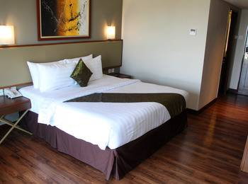 Salak Tower Hotel Bogor - Deluxe Double Regular Plan