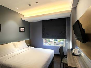 BATIQA Hotel Darmo - Surabaya Surabaya - Superior Room Staycation Package Basic Deal