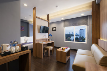 BATIQA Hotel Darmo - Surabaya Surabaya - Suite Room with Breakfast Regular Plan