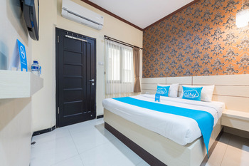 Airy Syariah Klojen Pasar Besar Square 124 Malang - Standard Double Room with Breakfast Special Promo Nov 45