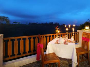 Ashoka Tree Resort at Tanggayuda Bali - Honeymoon Getaway in Suite, Pool & Garden View hot deal
