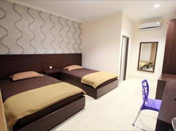RAJAWALI Inn Palu - Superior Twin Bed Room Regular Plan