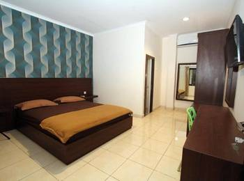 RAJAWALI Inn Palu - Superior Queen Bed Room Regular Plan