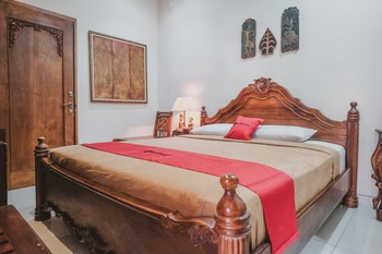 RedDoorz near Galeria Mall 2 Yogyakarta - RedDoorz Room Regular Plan
