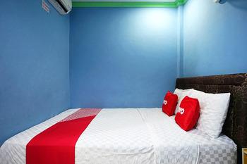 OYO 2343 Winolanto Guest House Syariah Balikpapan - Standard Double Room Regular Plan