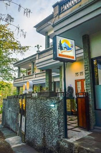 The Puncak Santhi Inn