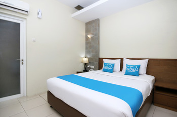 Airy Purwosari Slamet Riyadi 331 Solo - Standard Double Room Only Regular Plan